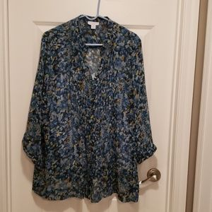 Blue floral 3/4 sleeve blouse